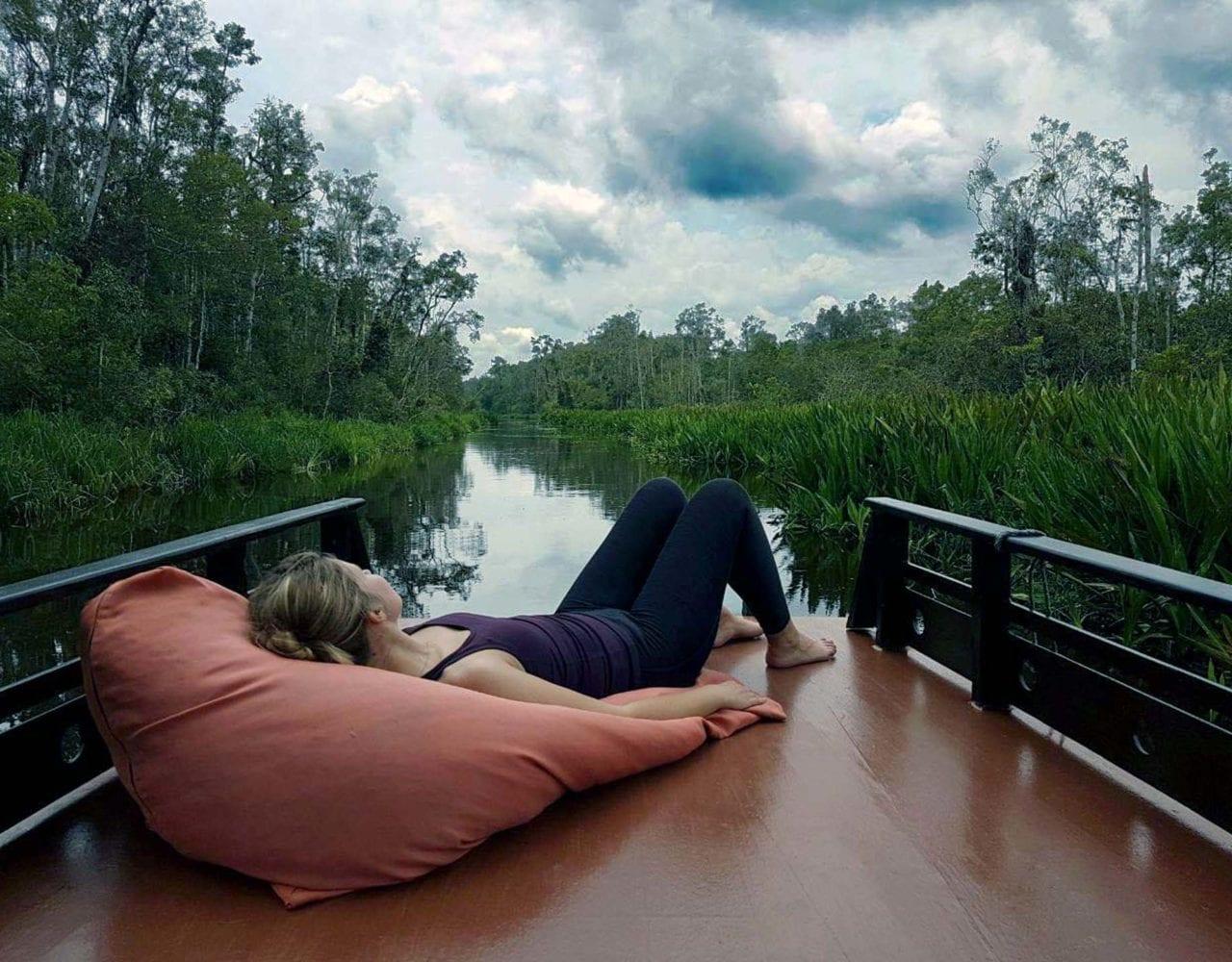 Klotok - Deck mitten im Dschungel