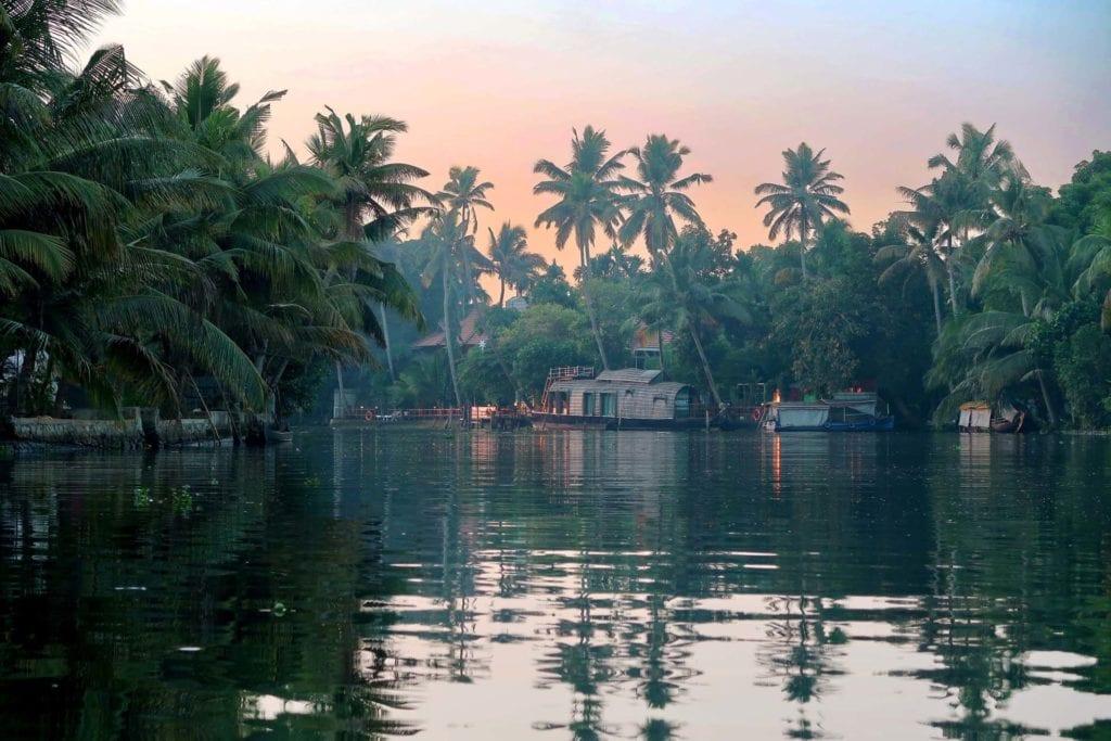 Indien Backwaters: super authentisches Dorfleben